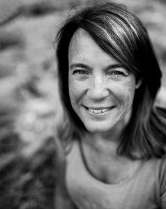 Portrait de Catherine Hudson photographe à Perpignan