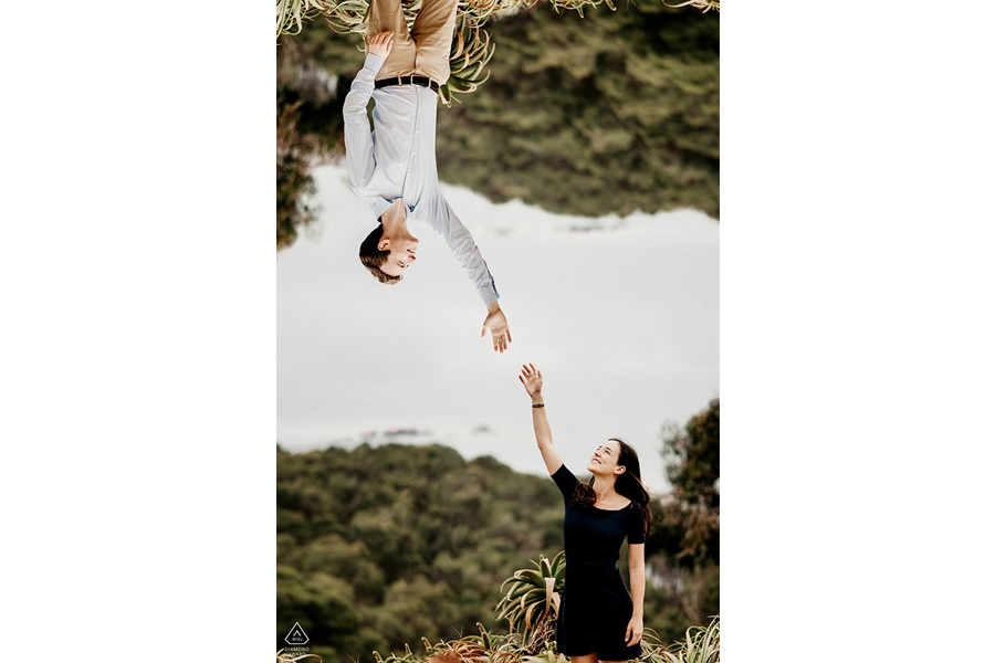 séance couple-engagement au jardin botanique de la Calella de Palafrugells sur la Costa Brava